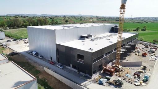Fête de fin du gros-œuvre: l'ouverture du nouveau centre logistique ERIMA approche